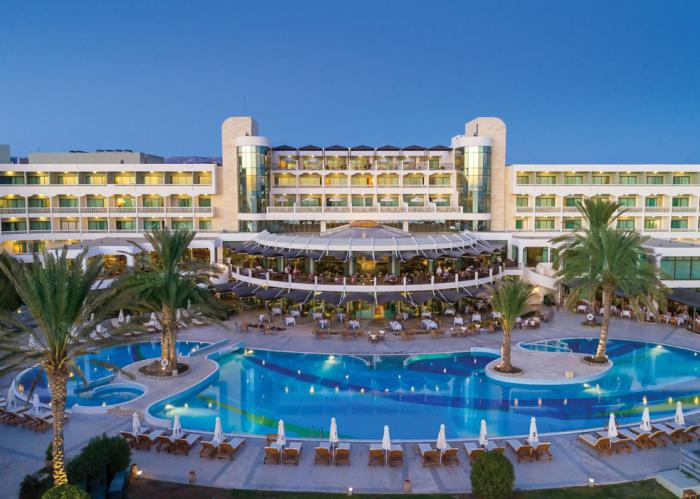 4*+ Paphos with FREE All Inclusive upgrade