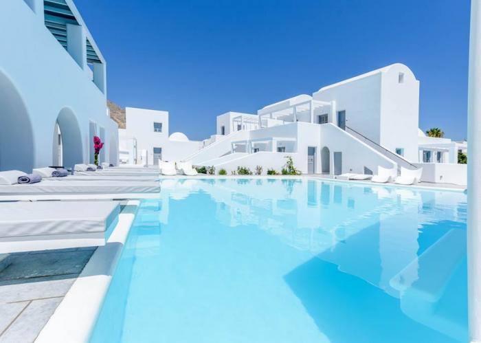 Santorini 2022 with your own pool