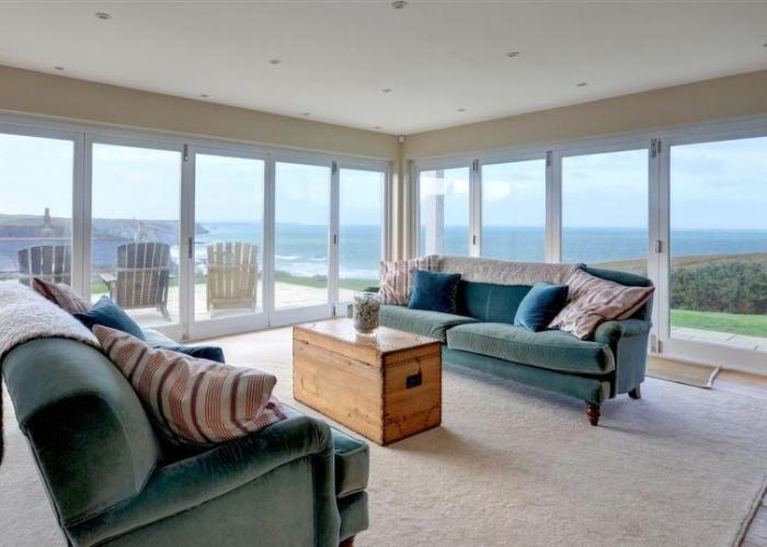 Cornish Cottage with amazing views - May 2022