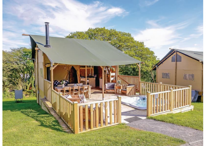 Safari Tent with Hot Tub - August School Holidays